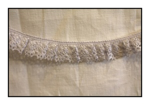 Woven Lavender Lace Trim with Scalloped Edges 20mm
